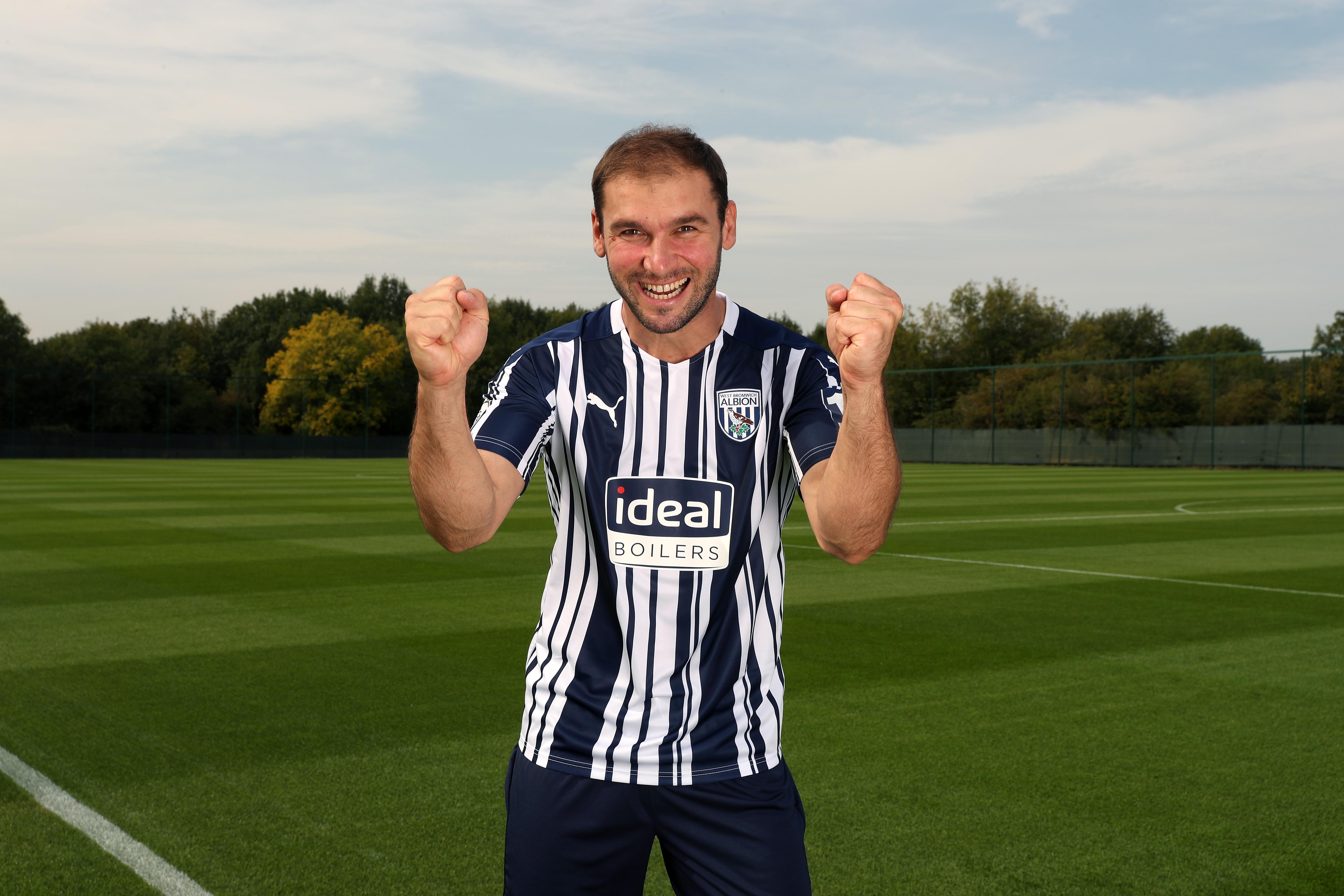 Ivanović signing picture
