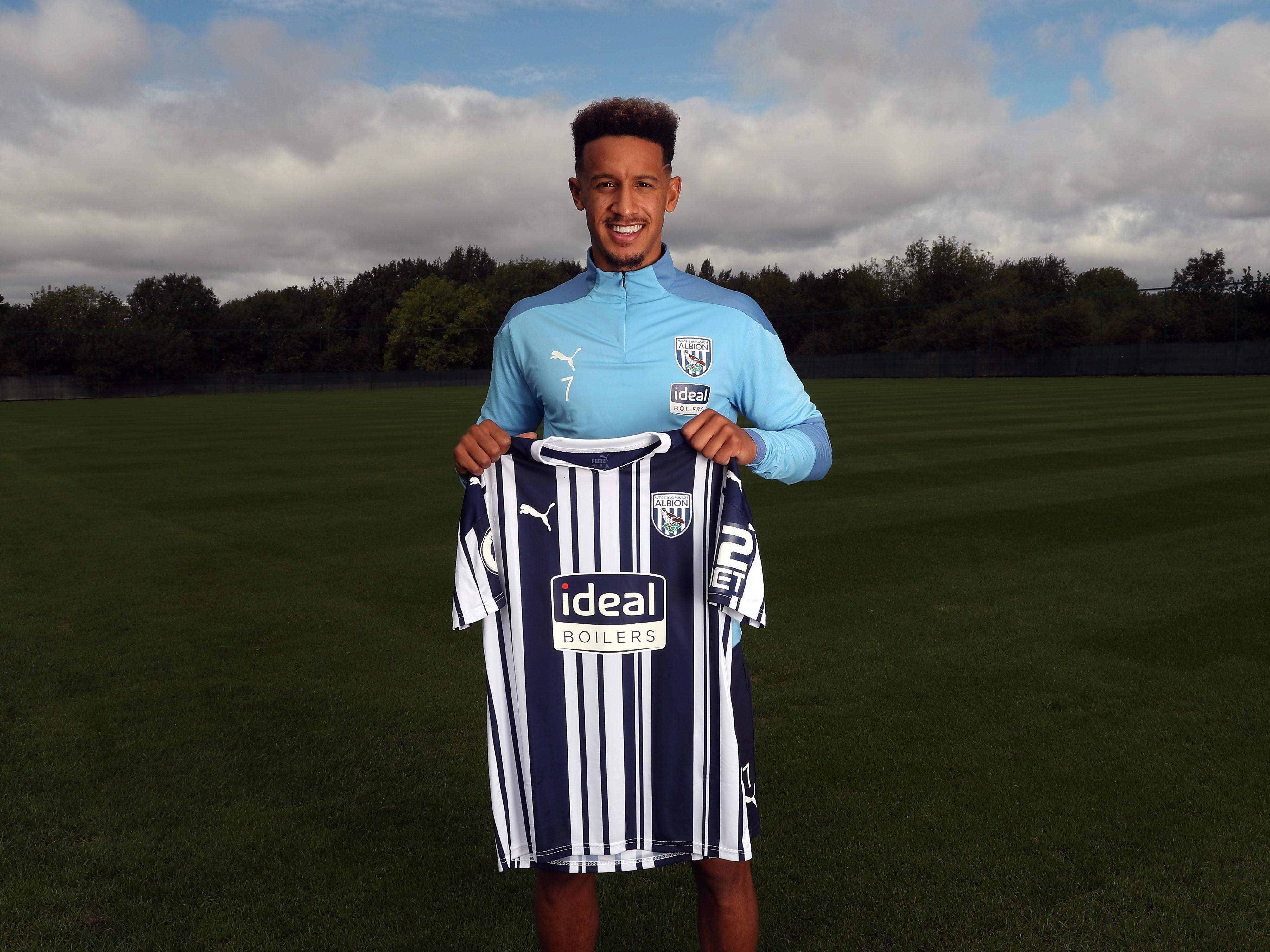 Callum Robinson signs for Albion