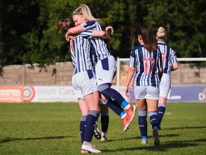 Albion women home kit