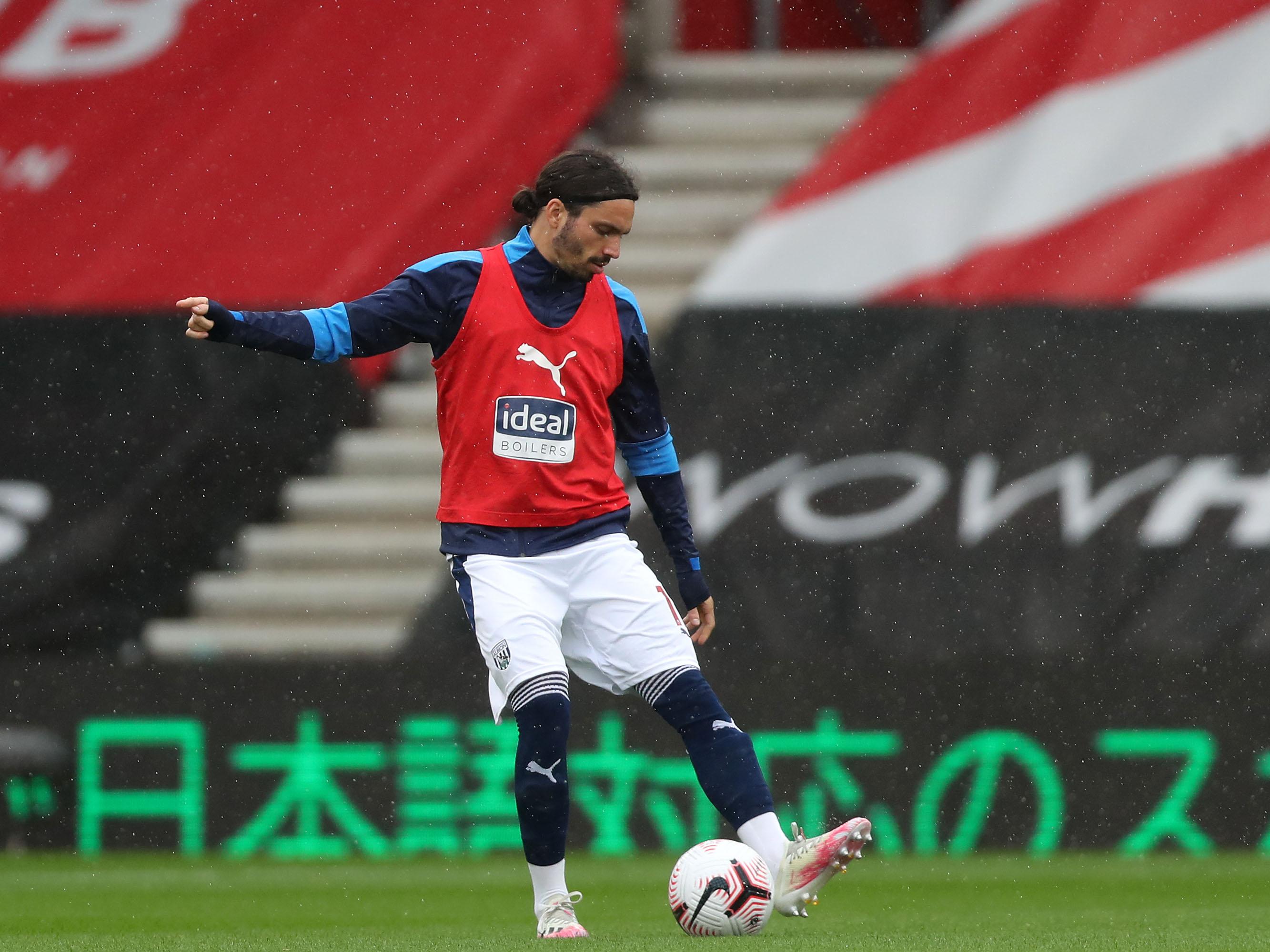 Filip Krovinović warming up v Southampton