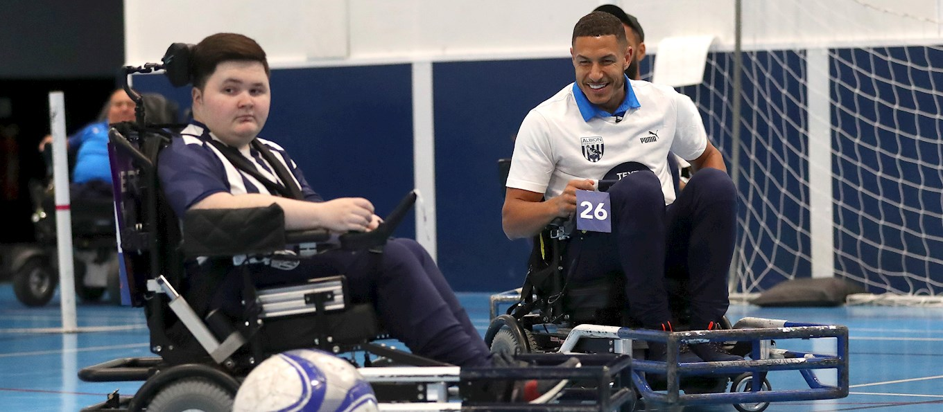 2019_10_04 Powerchair with players.jpg